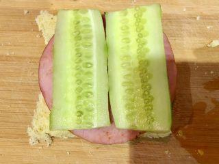 快手早餐 I 吐司三明治(简易版),一片一片又一片…根据自己爱好添加,也可以加点肉松哦