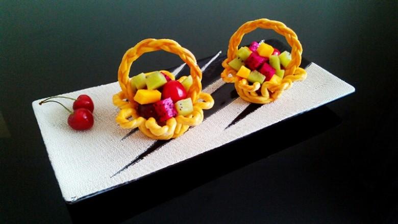 水果花篮面包