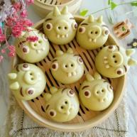 绿皮捣蛋猪奶黄花样餐包