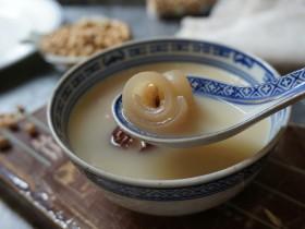 黄豆猪皮汤
