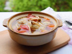 鲜味西红柿肉丸汤