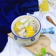 #一碗汤##滋补润燥#山药玉米小排汤