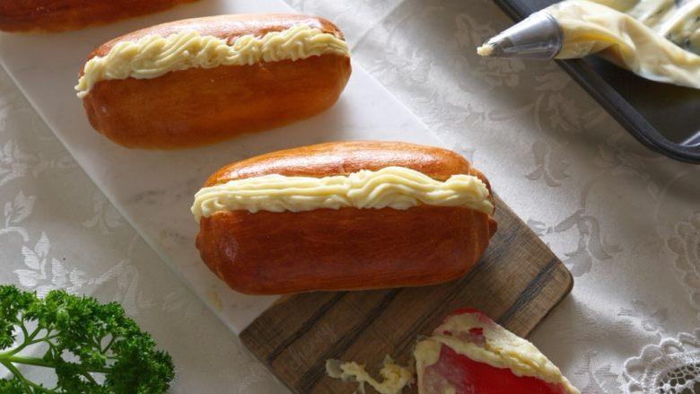 早餐+奶油面包