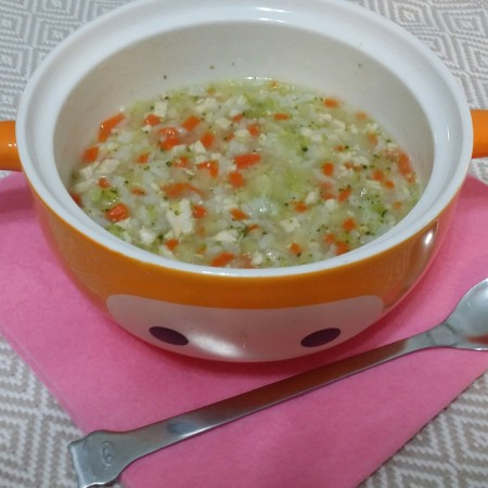 辅食:鸡肉蔬菜粥