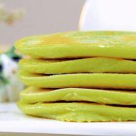 牛油果香蕉松饼 宝宝辅食,低筋面粉+蛋黄