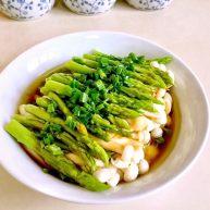 绿色美食+葱油芦笋白玉菇