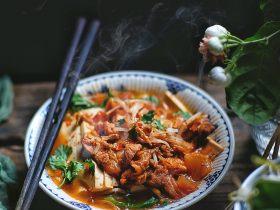 酸辣暖胃的 辣白菜豆腐锅
