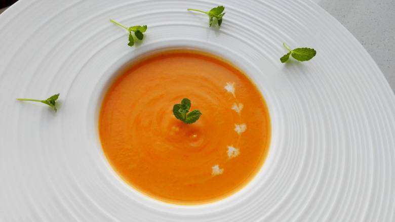 早餐+南瓜奶油浓汤