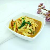 绿色美食+大杂烩年糕汤