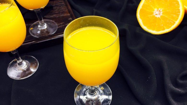 #冬喝热饮夏吃冰# 自制鲜橙汁