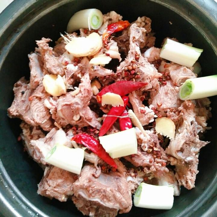 炖羊蝎子做法韭菜金针菇的大全豆腐家常菜图片