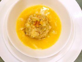 蟹粉狮子头浓汤