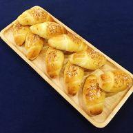 最愛面包+ 煙熏起司面包卷