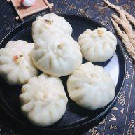 #最爱包子#超大粉丝榨菜肉包子