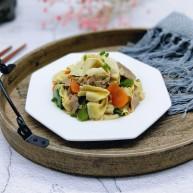 彩蔬肉片炒干豆腐皮