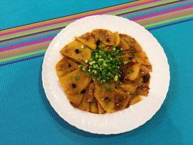 圆土豆+剁椒豆鼓土豆片