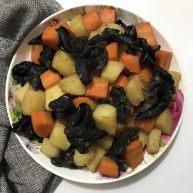 圆土豆+陈醋土豆胡萝卜木耳