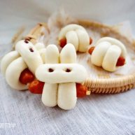 小兔子香腸饅頭卷