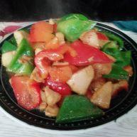 厨房挑战+荤菜+青红椒炒鸡脯肉