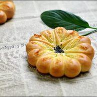 颜值椰蓉花面包