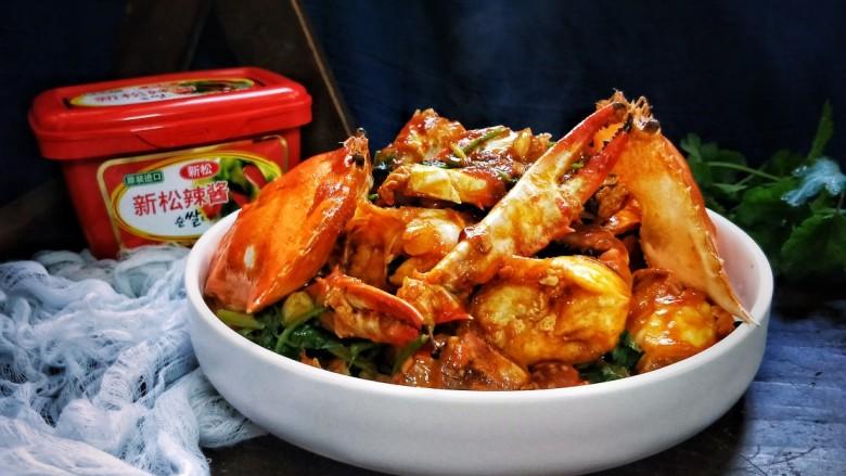 吮指回味无穷的辣酱海蟹