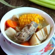 营养、暖身——玉米排骨莲藕汤