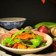 榛蘑炒辣椒
