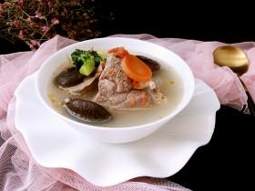 冬天喝这碗骨汤不仅美味,还可以补充维生素C