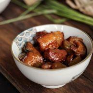 莴苣香菇红烧肉