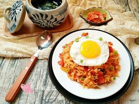 泡菜培根炒饭&昆布汤