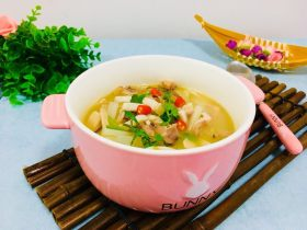 白萝卜乌子汤