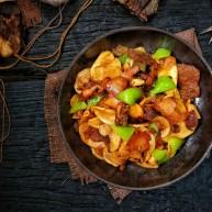 鲜香辣杏鲍菇炒腊肉