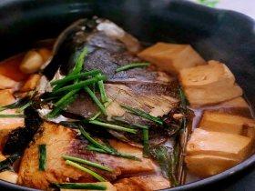 砂锅鱼头豆腐汤,延缓脑力衰退