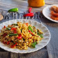 鸡蛋炒蚬肉(花蛤肉)