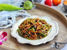 春节初二回娘家三鲜卤面四拌菜之二 青椒炒肉丝