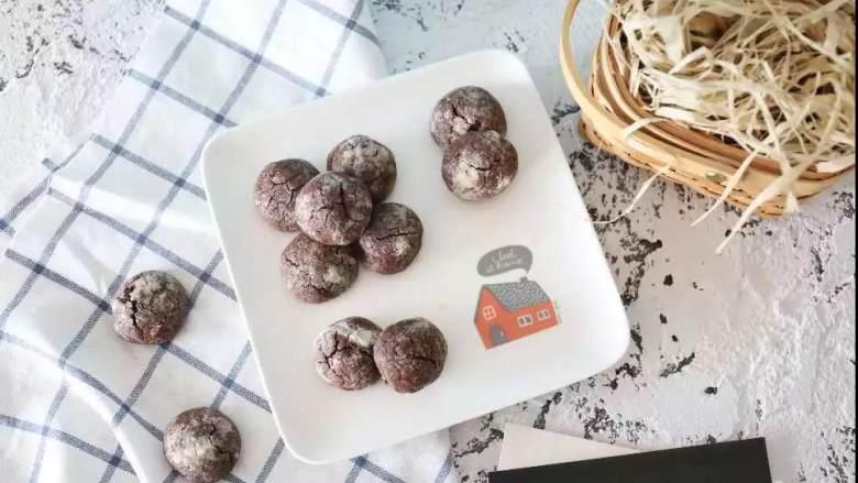 巧克力的浪漫不间断,一款具有专属饼干之美的裂纹饼干