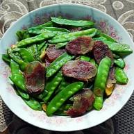 清炒香肠荷兰豆