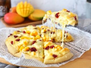 香蕉芒果披萨——九寸,趁热食用拉丝效果很好的哟!