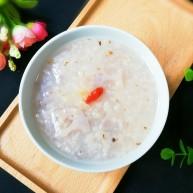 糖桂花枸杞藕片大米粥