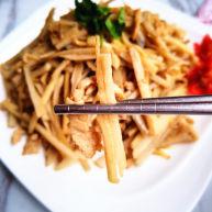 藕丝炒肉丝