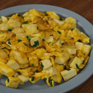 豆腐白似银,鸡蛋黄如金——金银豆腐