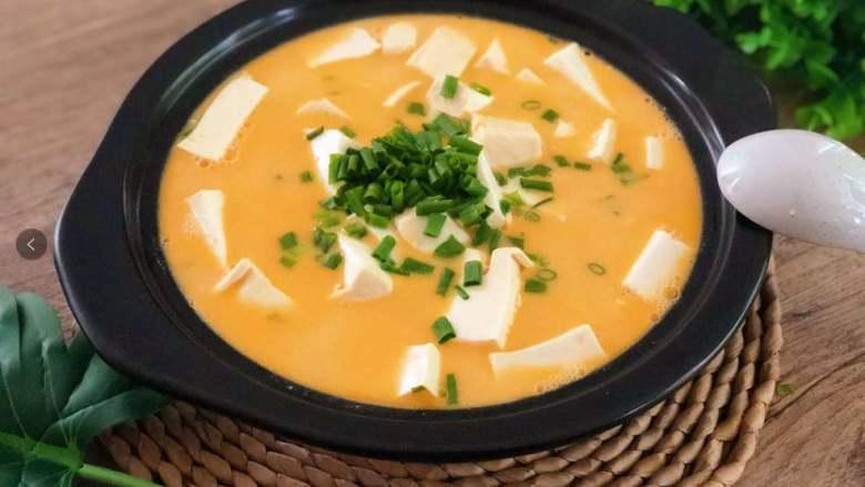 没有蟹,照样吃出鲜美味来——蟹黄豆腐