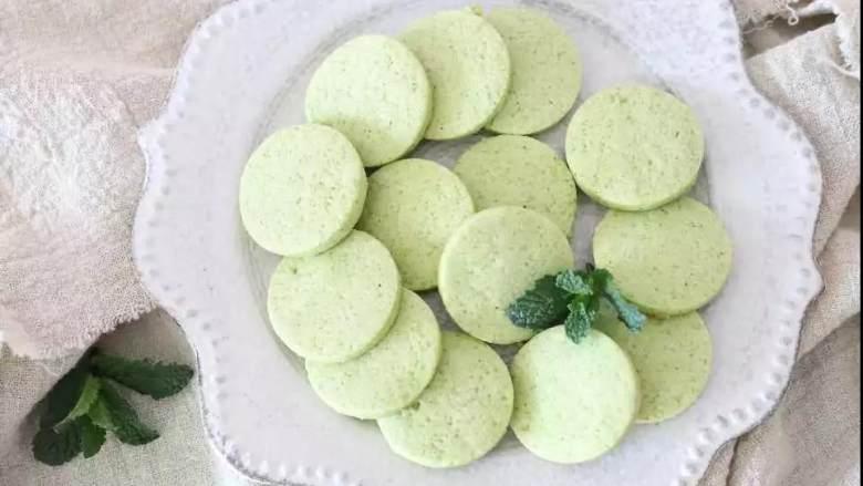春天到底是什么颜色的,我在饼干中寻找到一抹薄荷绿