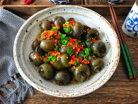 剁椒田螺酿肉