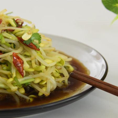一道清新脱俗的小菜—凉拌黄豆芽