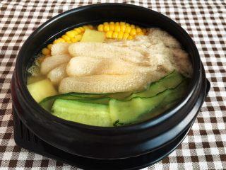 瓜片玉米竹荪汤