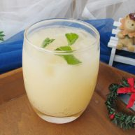 夏日饮品之酸酸甜甜就是你 (乳酸菌+雪碧+柠檬汁)