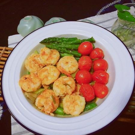 以茶入膳,绿茶芦笋虾