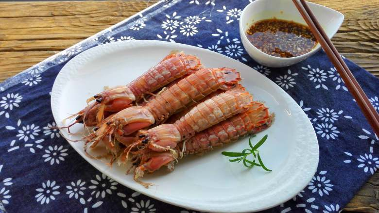 盐水皮皮虾