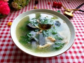 芹菜叶皮蛋瘦肉汤